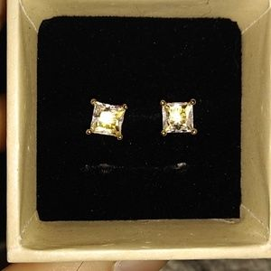 VVS1Lab Created 3CTW 14KT Gold Stud earrings